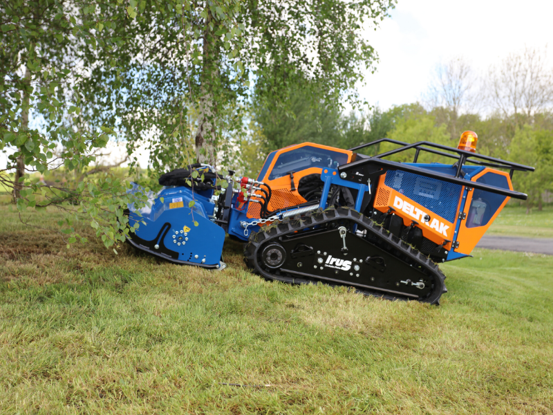 Loxston Groundcare mower hire - irus Deltrak
